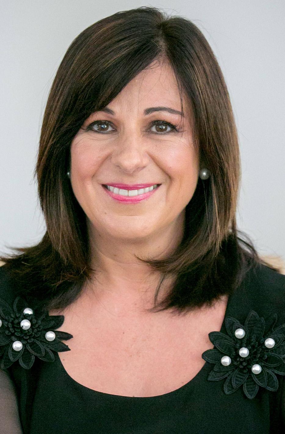 Marina Constas, specialist attorney andauthor